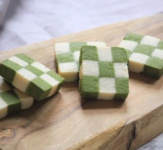 matcha checkerboard cookies